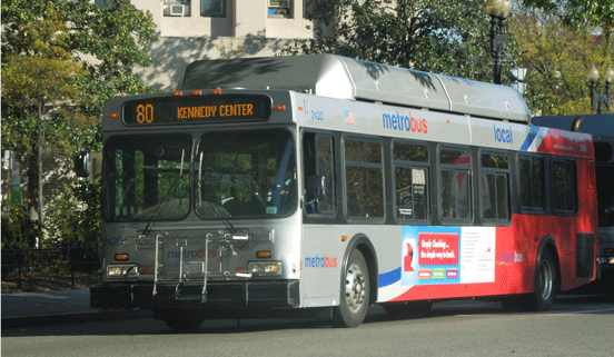 Photo-Metrobus-80-kennedy-center